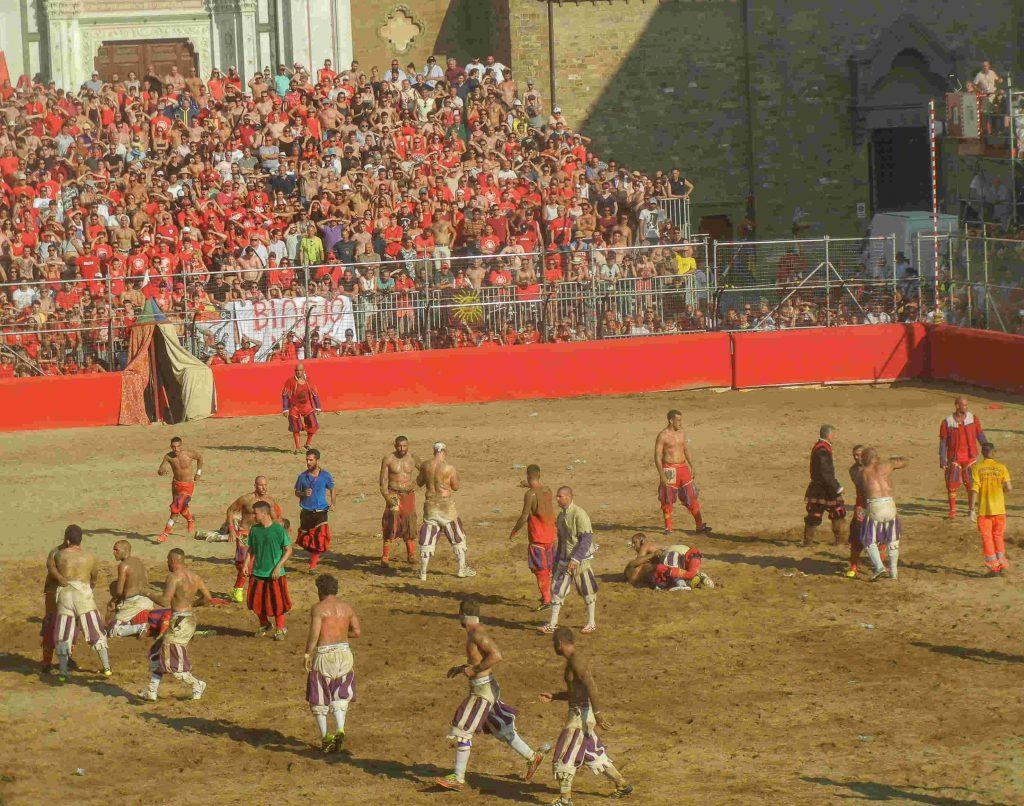 La festa di San Giovanni a Firenze: il calcio storico