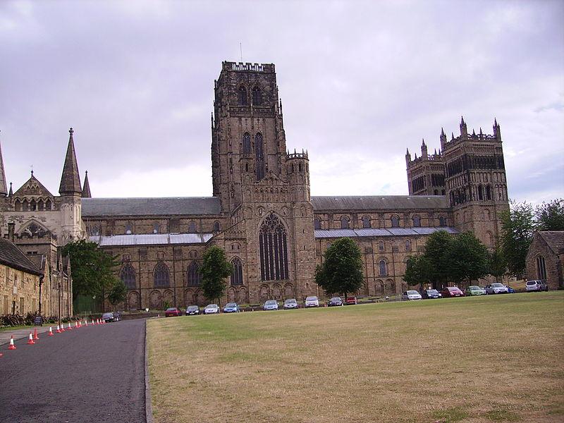 Cosa vedere a Durham: la cattedrale vista da Palace Green