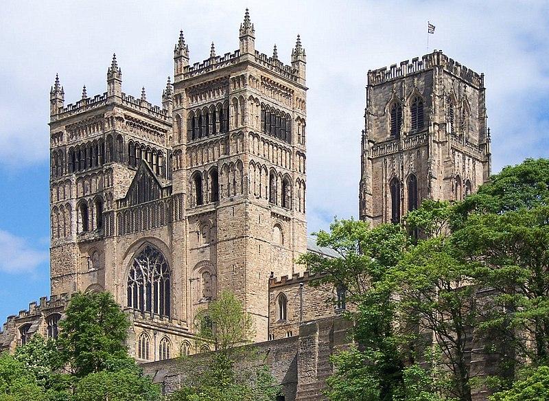 Cosa vedere a Durham: la facciata della cattedrale