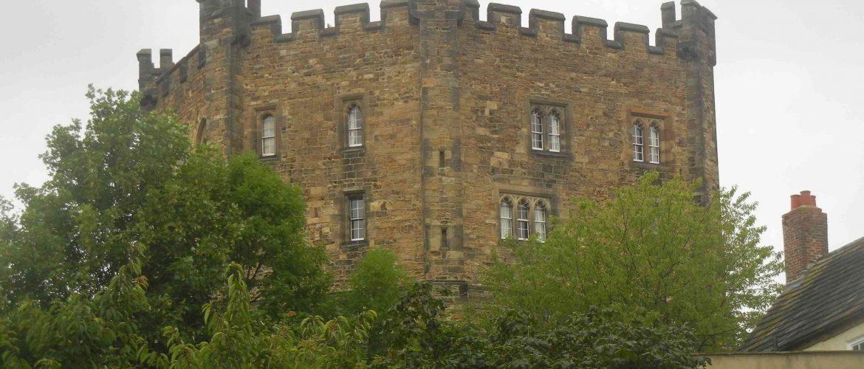 Cosa vedere a Durham: la torre centrale del castello