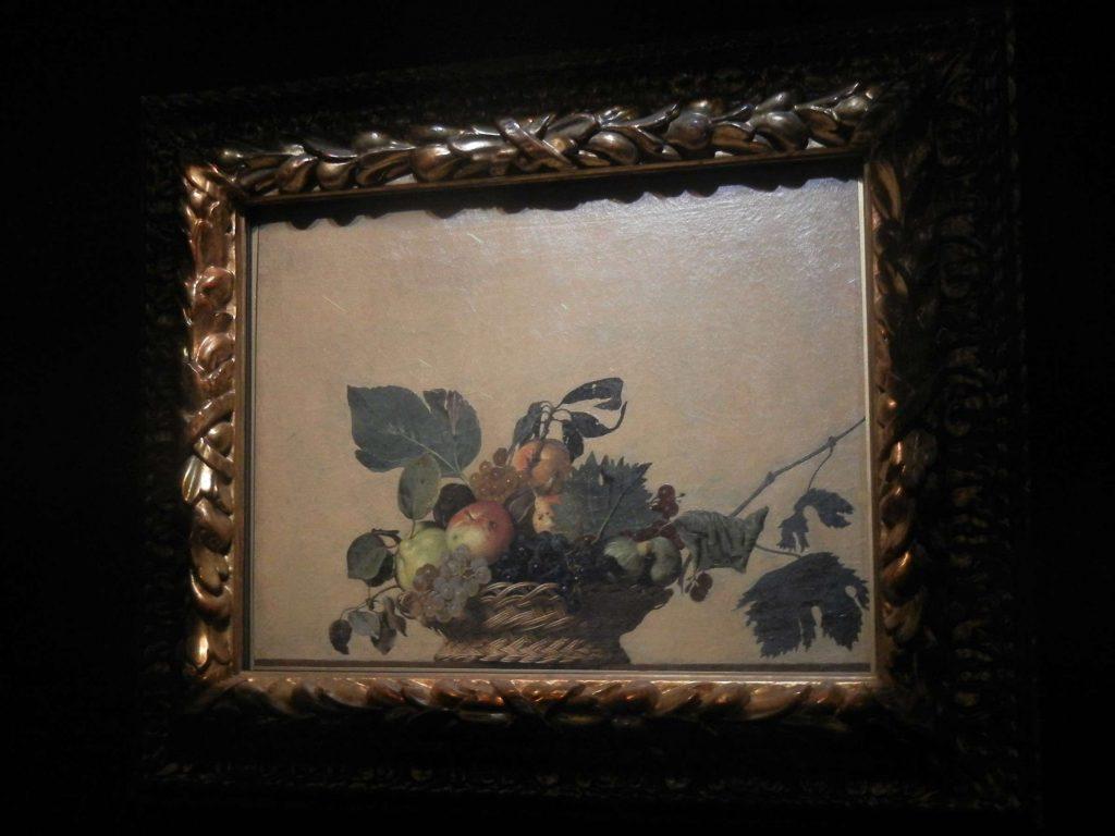 Pinacoteca Ambrosiana di Milano: la Canestra di Frutta di Caravaggio