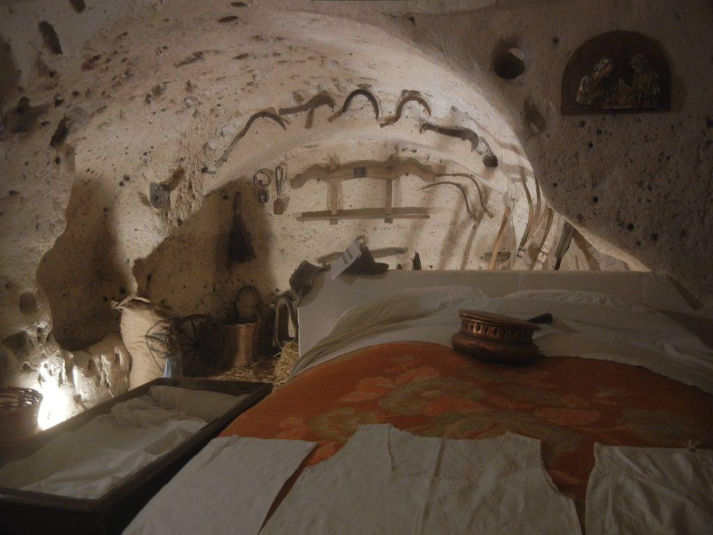 Casa-Grotta-Vicinato