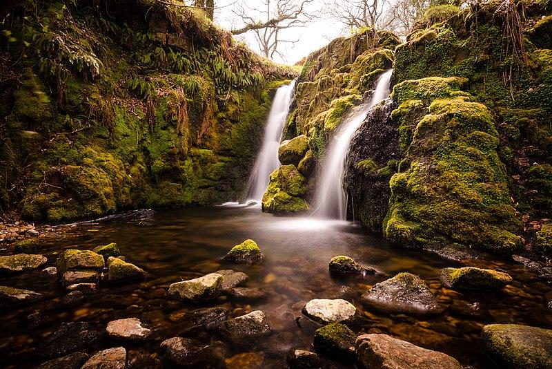 Le cascate Venfard Falls nel Parco Nazionale del Dartmoor